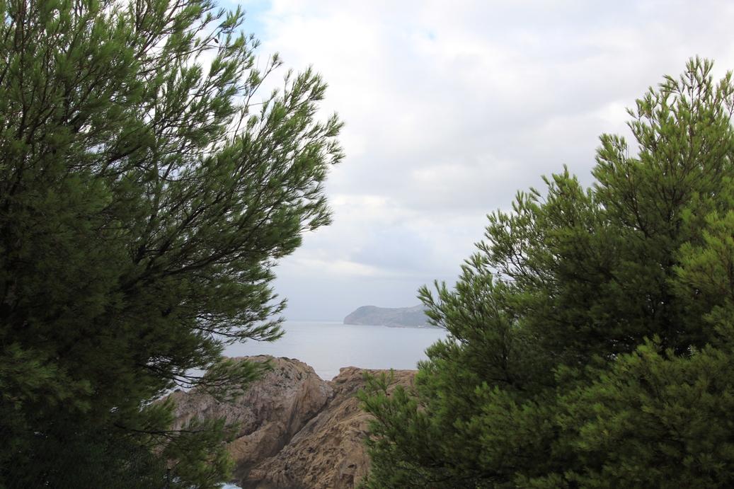 Blick vom Far de Capdepera, Cala Rajada
